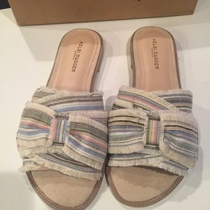 Kelsi Dagger Brooklynn sandals 8.5 NWB